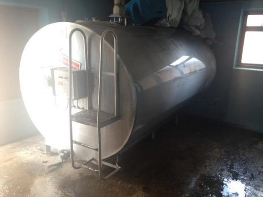 5000 LITRE STAINLESS STEEL TANK