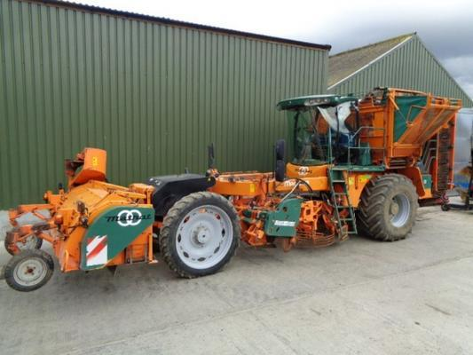 Matrot Used  Magister 6 Row Beet Harvester