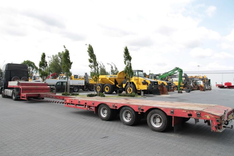 Altro 3 AXLE EXTENDABLE LOW LOADER STOKOTA S3U.N1-02