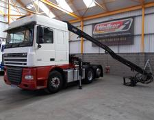 Daf XF105 460 SPACE CAB 6 X 2 TAG AXLE TRACTOR UNIT C/W LOG CRANE - 2009 - YE58 FBJ