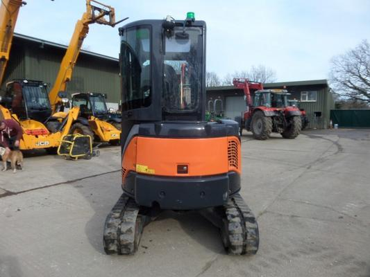 Hitachi  ZX29U-3 CLR MINI DIGGER